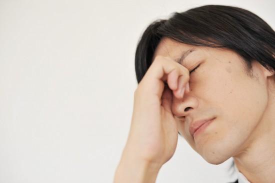頭皮が乾燥してフケやかさぶたが酷い【粃糠(ひこう)性脱毛症の危険性】